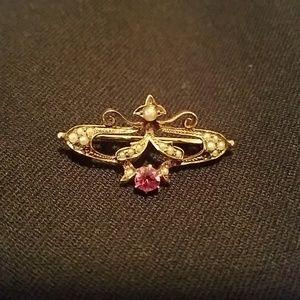 Vintage 14k gold pin